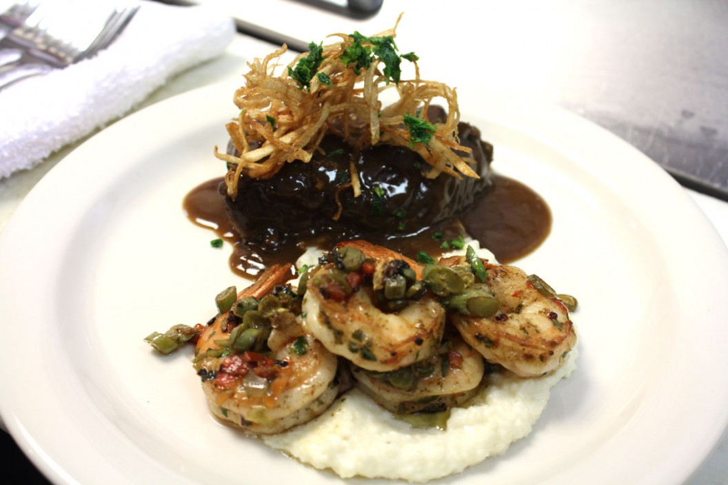 Braised Short Ribs with Seared Shrimp and Grits | Robert Irvine