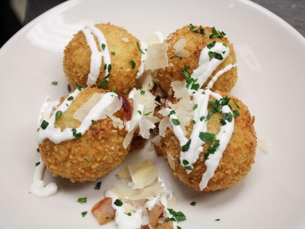 IL1308ZH_Twice-Fried-Baked-Potato_s4x3.jpg.rend.sni18col